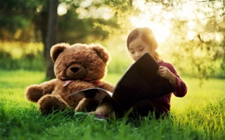girl-child-bear-toy-book-wallpaper-1680x1050